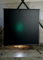 Экран «GAZELLE» 2000х2000 мм c темно-зеленой защитной шторой 1700х2000х0,4 мм «GREEN-9».